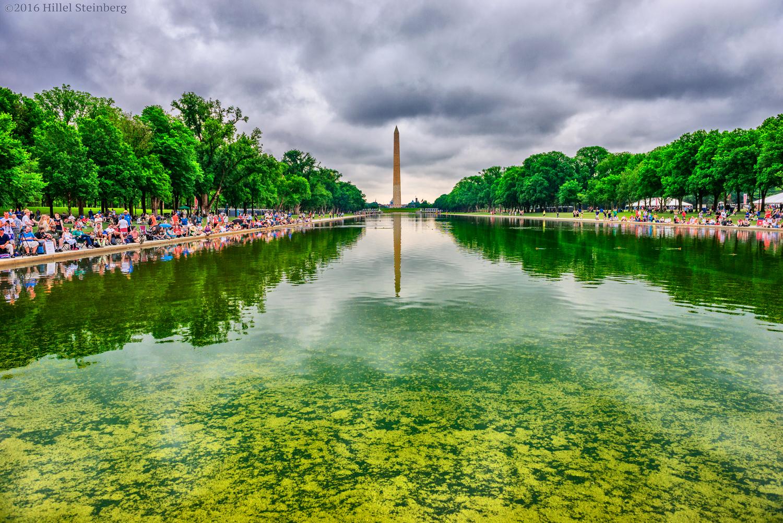 Атеисты, агностики, гуманисты, сторонники секуляризма и другие вольнодумцы собрались у Мемориала Линкольна в Вашингтоне