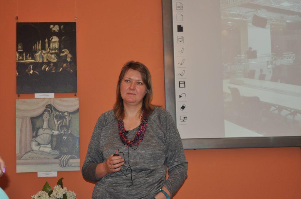 Юлия Балашова: «На Западе подготовка научных журналистов поставлена на более широкое основание».