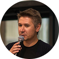 Михаил Михайлович Родин. Тележурналист, автор документальных фильмов, ведущий программы «Родина слонов» на радио «Говорит Москва».